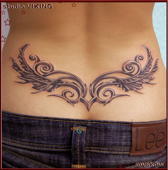 Tattoo-tribal-lower-back
