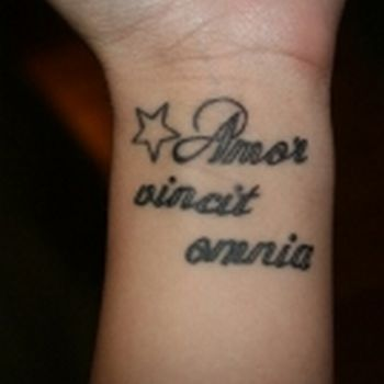 Tatuagens-Femininas-Frases-Amor