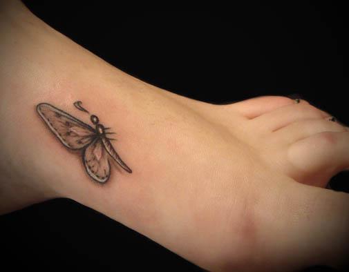 Tatuagens-Femininas-nos-Pes-Delicadas
