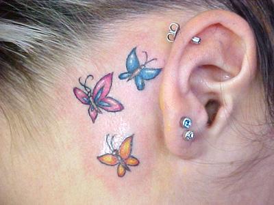 Tatuagens na orelha