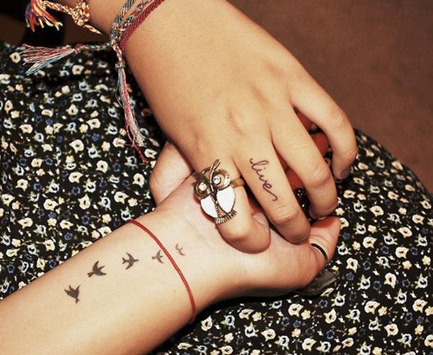 tatoo_dedos