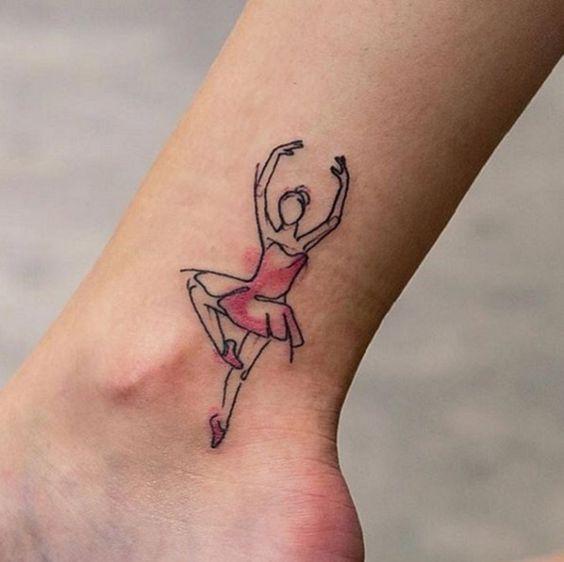 tatuagem bailarina tornozelo aquarela