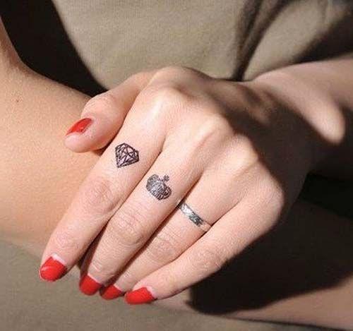 tatuagem diamante feminina