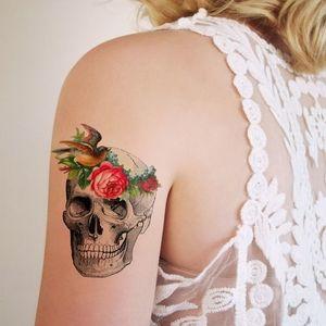 tatuagem feminina caveira 4