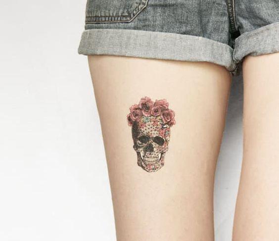 tatuagem feminina caveira 7