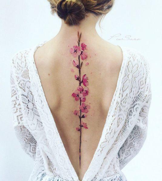 tatuagem feminina costas 8