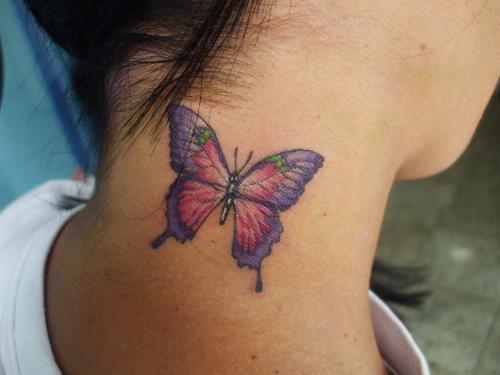 tatuagem-feminina-de-borboleta