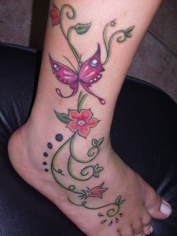 tatuagem-feminina-na-perna-fotos