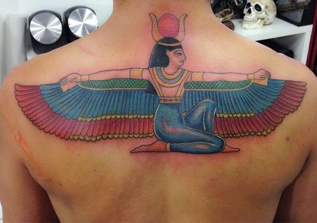 tatuagem isis 2 1