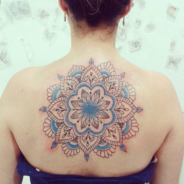 tatuagem mandala colorida 1
