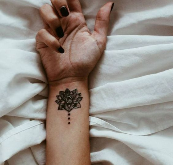 tatuagem mandala pequena bracos