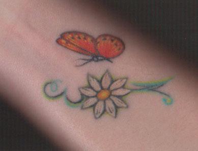 tatuagem-margarida-pulso