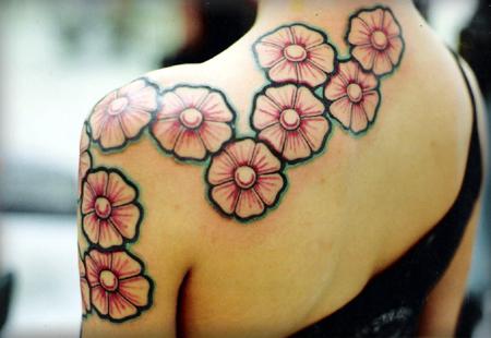 tatuagem-margaridas-ombro