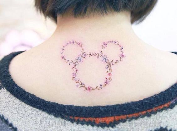 tatuagem mickey costas 1