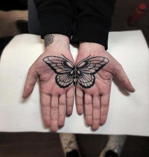 tatuagem palma mão borboleta