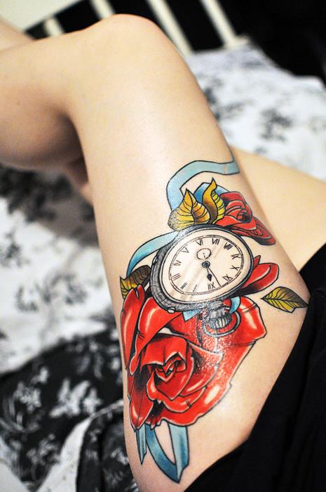 tatuagem-relogio-coxa