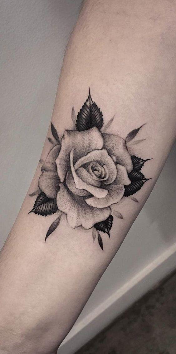 tatuagem rosa preta