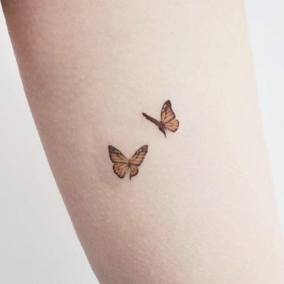 tatuagens borboletas delicadas