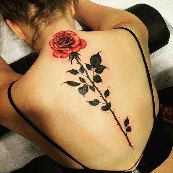 tatuagens costas flores